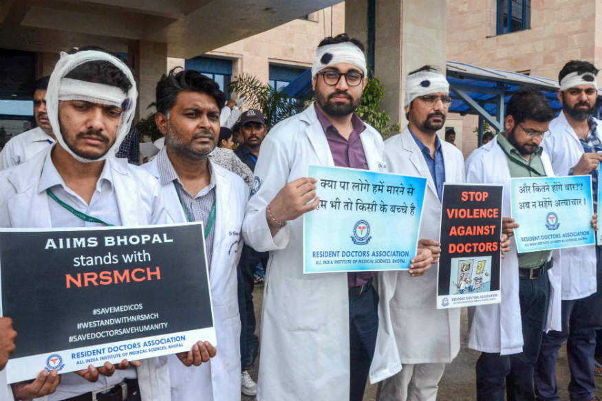 Country wide Doctors Protest for Security
