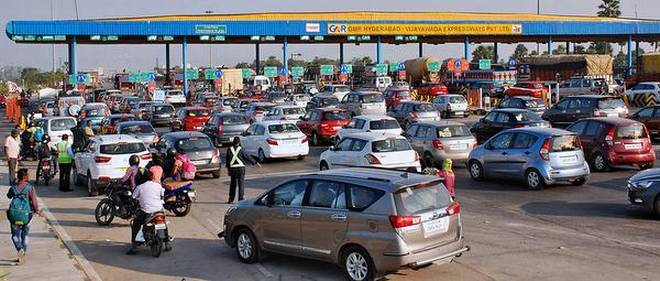 The AP Minister's wife is a bitter experience at the toll gate