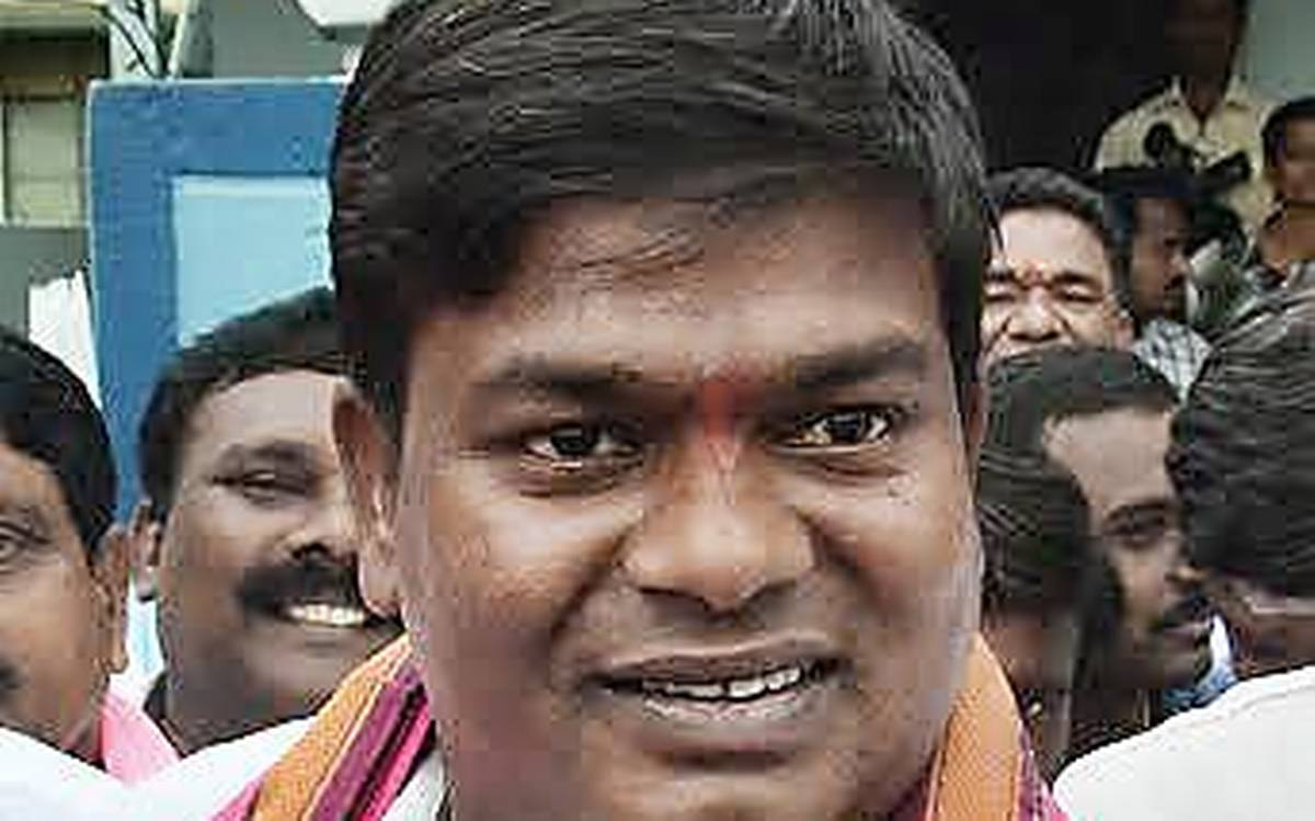 TRS MLA FIRES ON JEEVAN REDDY COMMENTS