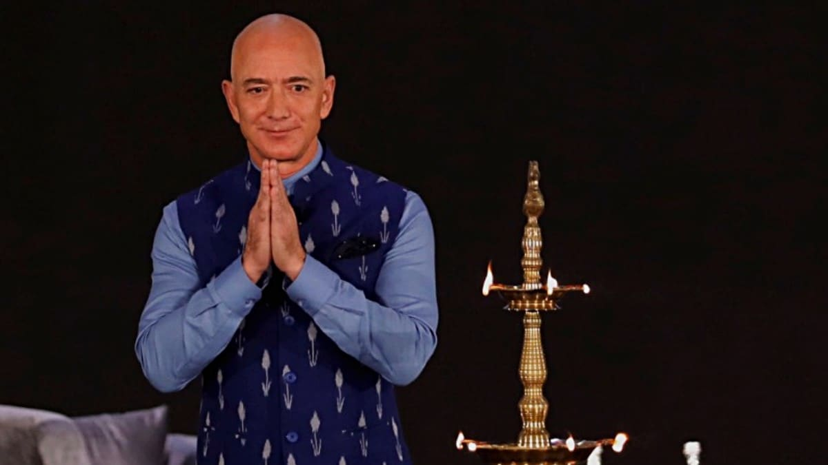 Amazon CEO Promises 10 Lakh Jobs In India