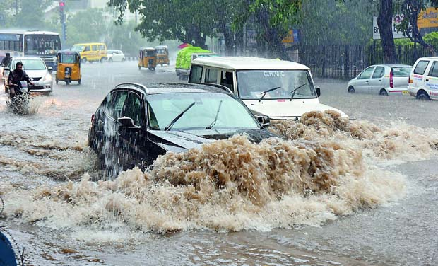 Hyderabad roads, streets damaged